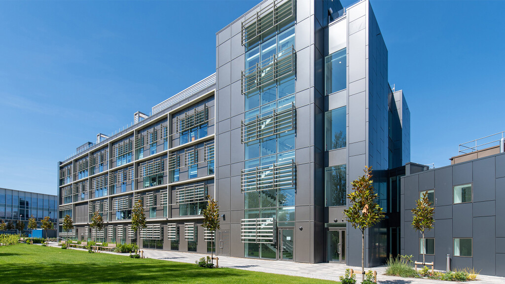 Cambridge Consultants Limited High Tech Labs
