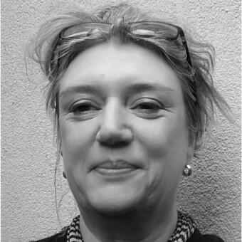 Dr Julie Futcher